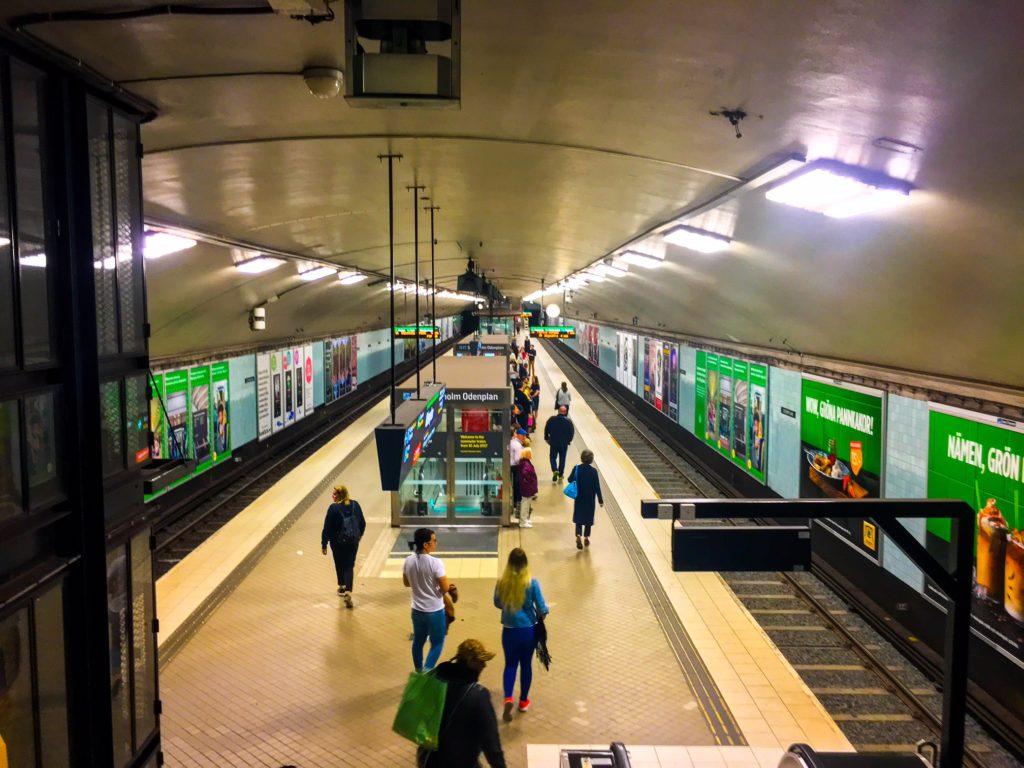 Stockholm Metro ( ストックホルムメトロ ) Odenplan metro station
