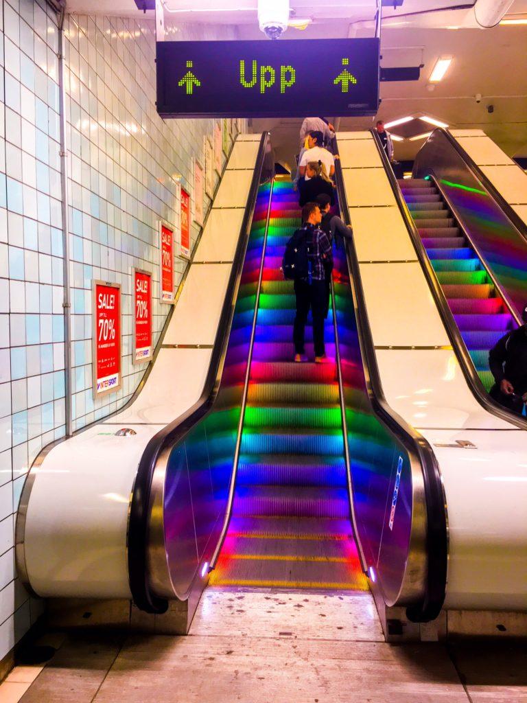 Stockholm Metro ( ストックホルムメトロ ) Hotorget (metropolitana di Stoccolma)